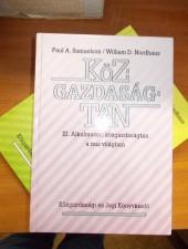 Samuelson-Nordhaus Közgazdaságtan I-III.